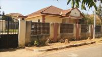 HOUSE FOR  RENT @ BRUFUT GARDE...
