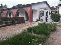 Three bedrooms house with pool...